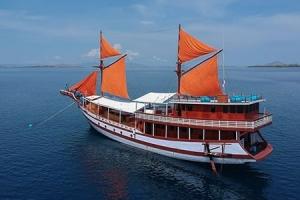 2 Days Carnaby Komodo Cruise