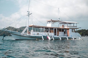 Bajo Sunset, Komodo Private Cruise