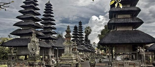 Tanah Lot Temple Private Tour