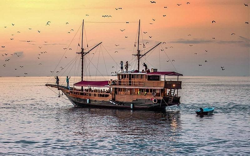 Kalong Island, Flying Foxes Island